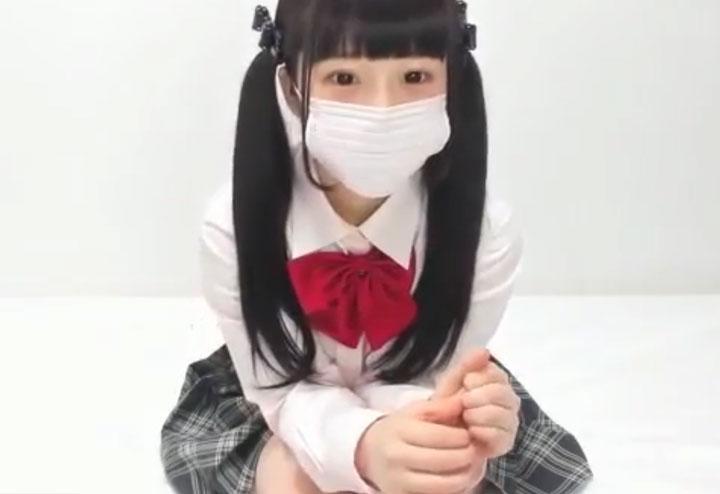 きゃり~ぱみゅぱみゅ似のロリ娘