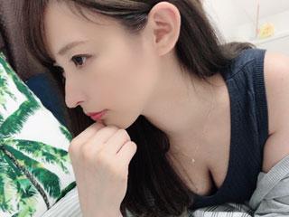 yuUyu012(dxlive)