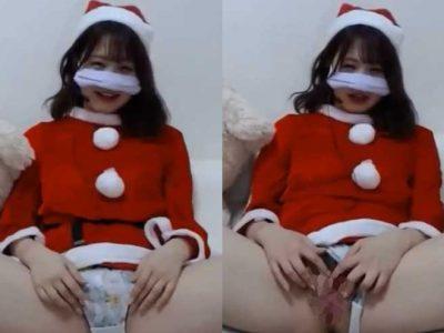 無修正でマンコ見せるクリスマス配信